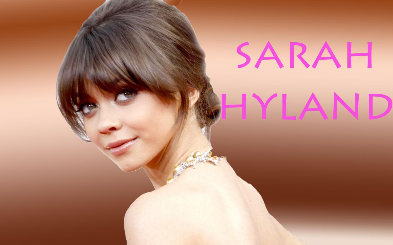 http://4.bp.blogspot.com/-hQzFobEKSCg/UGNpM4prMDI/AAAAAAAAA7E/6H_MJ9GkIxE/s1600/sarah-hyland-hd-wallpaper-1920x1200.jpg