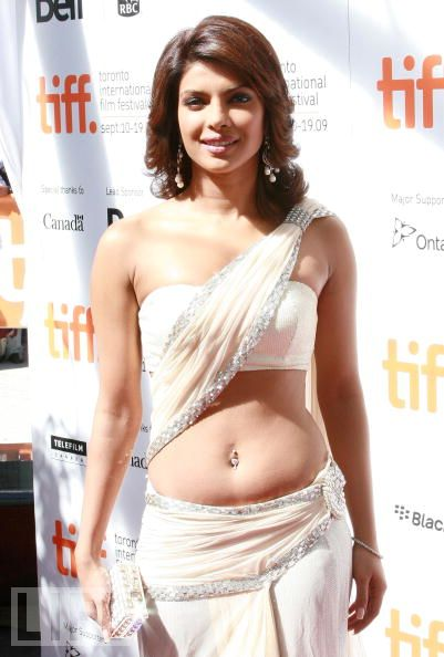 Bollywood celebrities: Priyanka chopra hot Photos