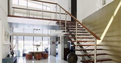 contoh rumah baru membuat tangga untuk rumah minimalis