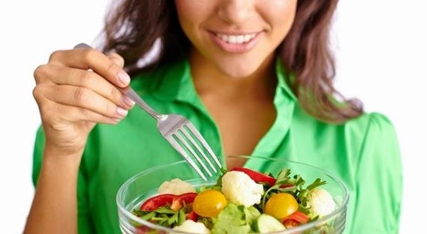 MAKAN DENGAN ALAT INI KATANYA BISA BIKIN DIET SUKSES