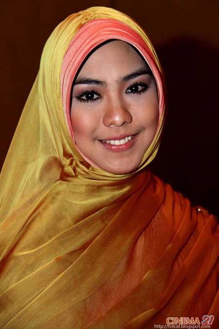 oki setiana dewi tanpa jilbab foto bugil 2017
