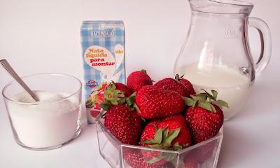 ingredientes batido de fresas con nata