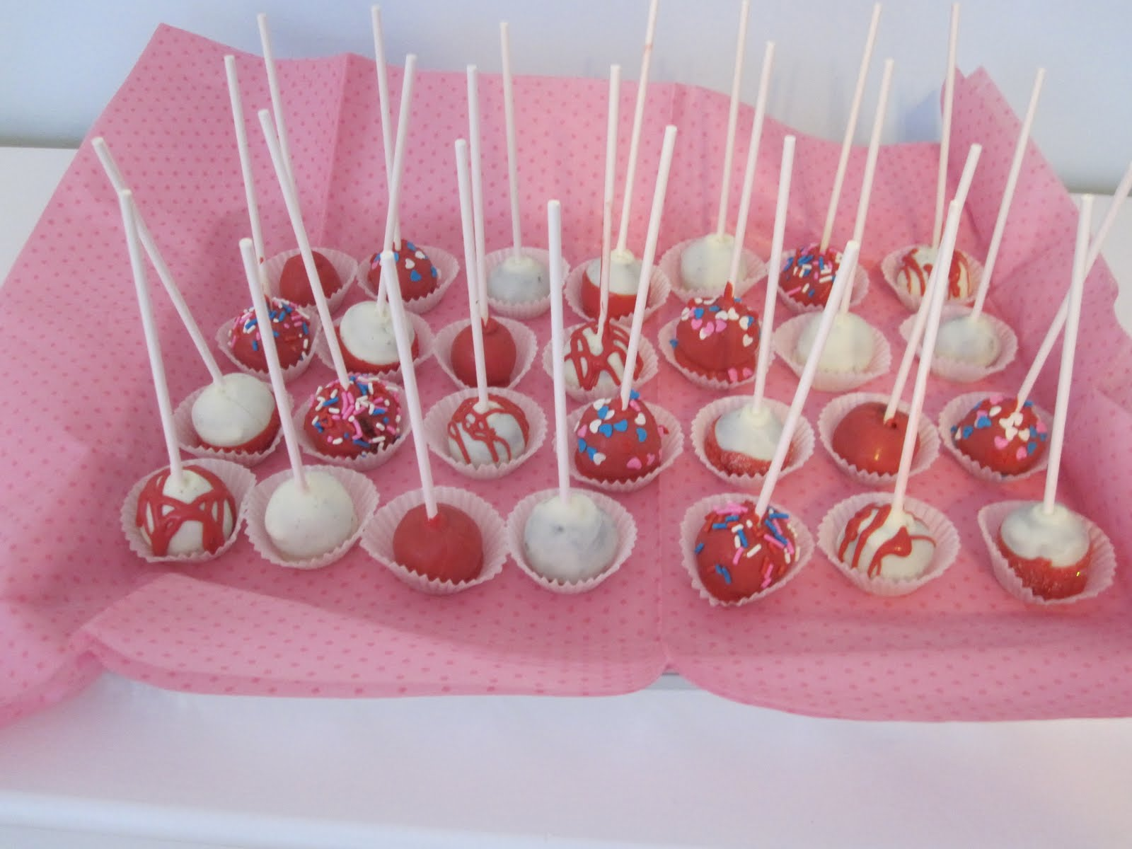 valentines cake pops : cake pops decorating ideas - www.pureclipart.com