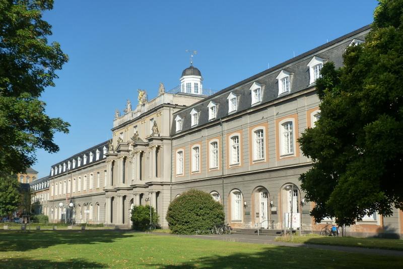 Bonn+University+Bldg How To Write A Research Paper Critique