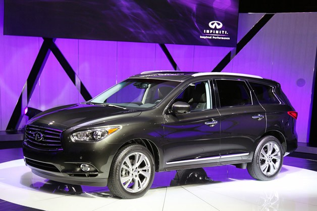I Was A Bit Confused By The Infiniti JX. Infiniti Claims That Itu0027s Designed  To Fall Between The FX And The QX But The Size Appears To Be A Smidgen  Smaller ...
