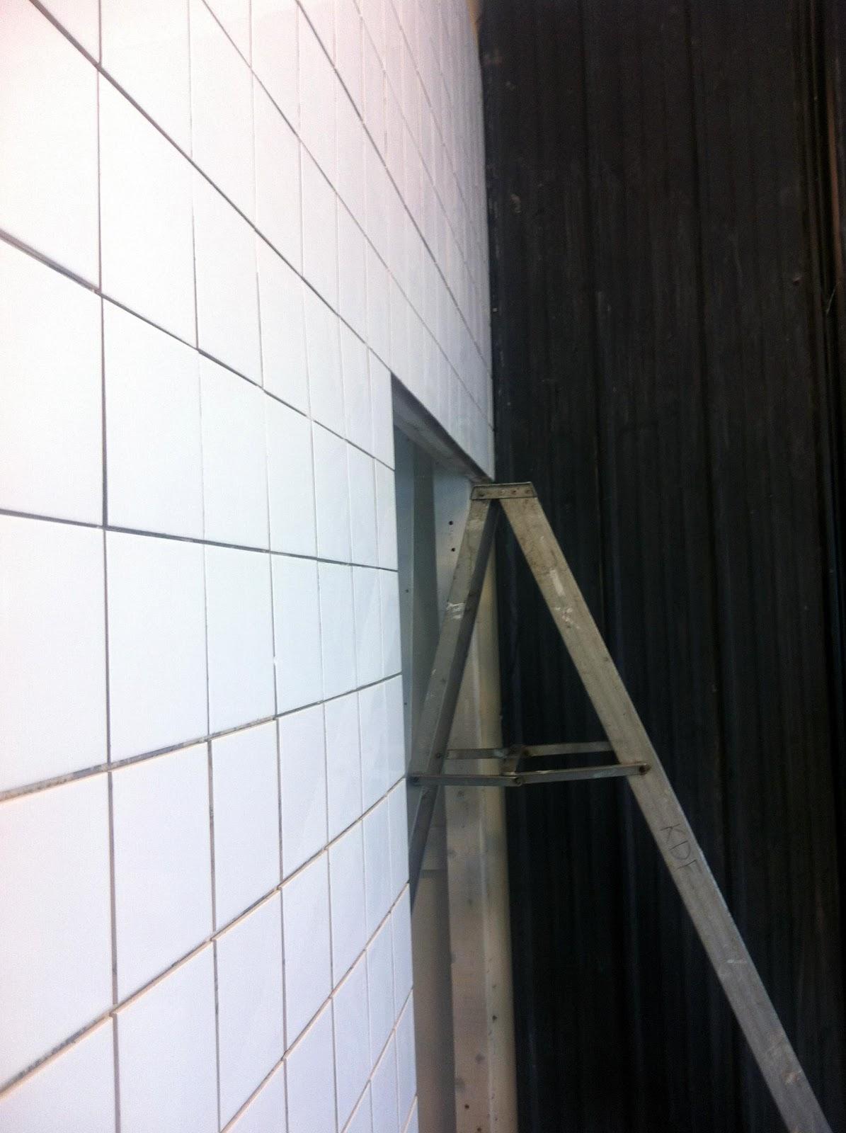 Room of creativity: svartvit interiör från elv´s blogg...& kakel ...