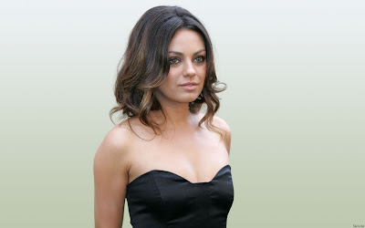 Mila Kunis hot Girl Wallpaper