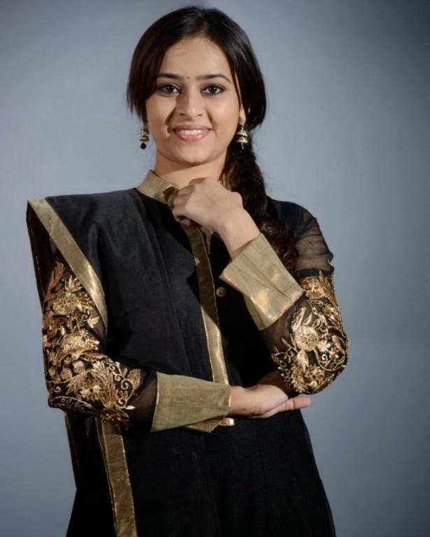 Actress Sri Diviya Latest Stills