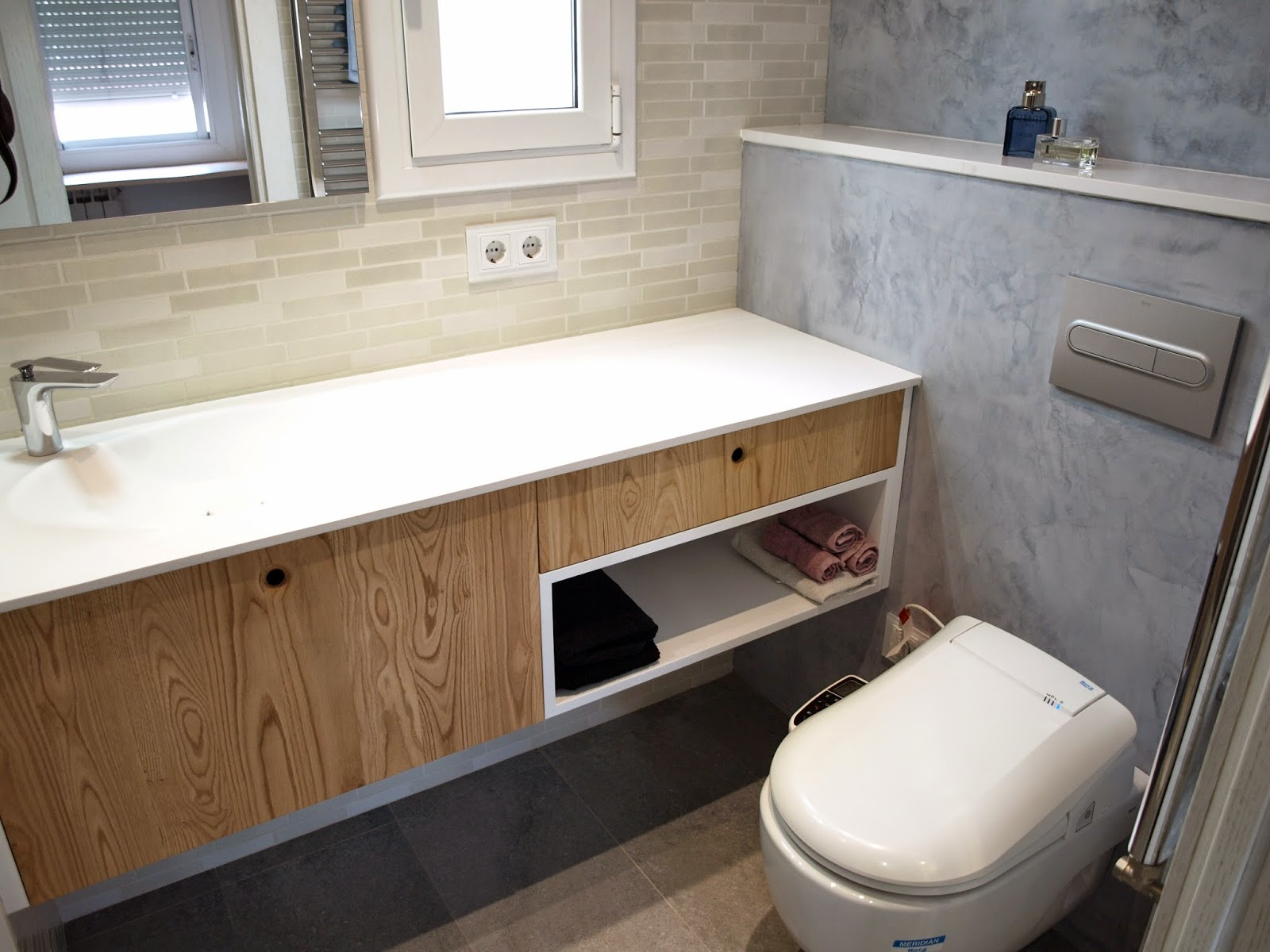 Muebles De Baño Orion:el pavimento hicimos un tabique con aplicación de microcemento para