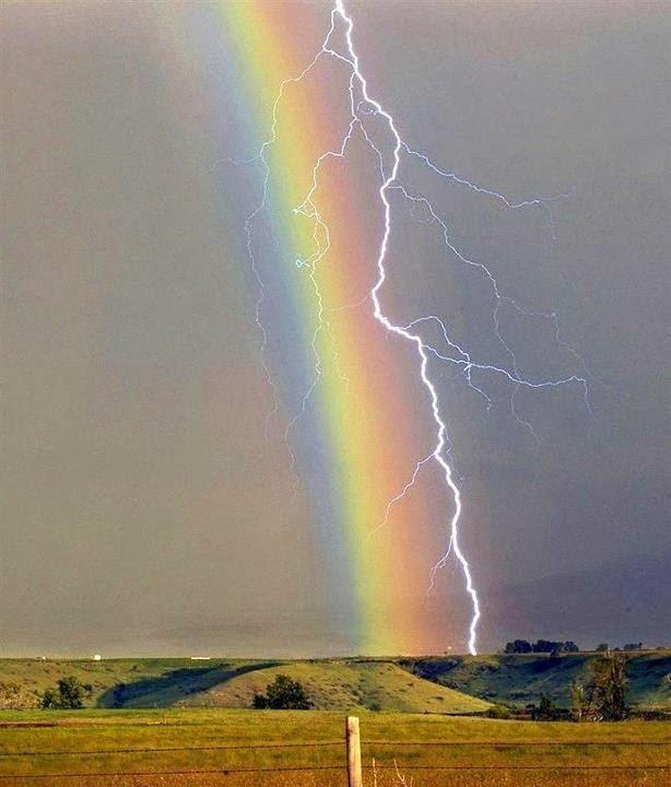 Cajón de Sastre Misterioso: Relámpago y arcoiris juntos ...