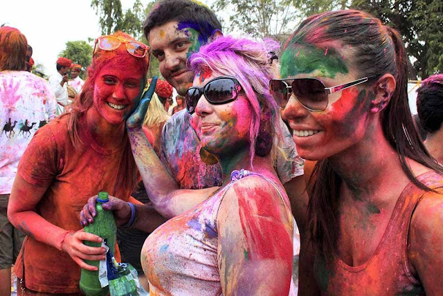 holi in new delhi