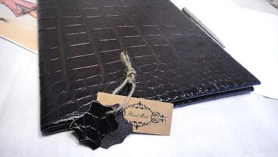 Адресная папка кожа - подарок юбиляру, свадебная папка для свидетельства