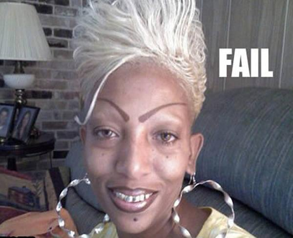 weird-eyebrows-fails01.jpg
