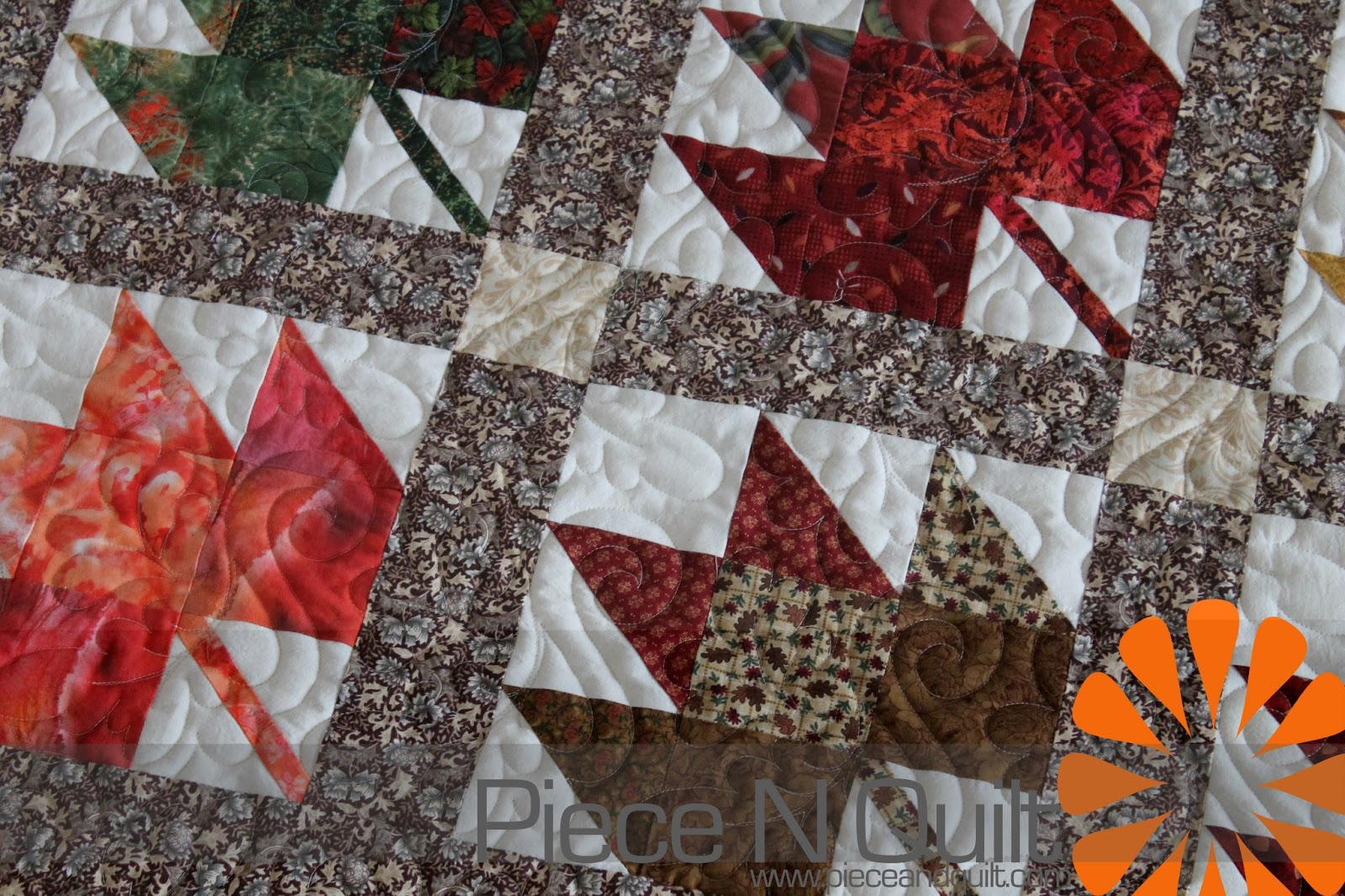 Quilt Pattern For Maple Leaf : Piece N Quilt: Maple Leaf Quilt