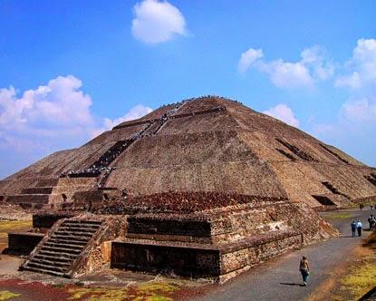 Pirámides del sol y la luna, Teotihuacán, México