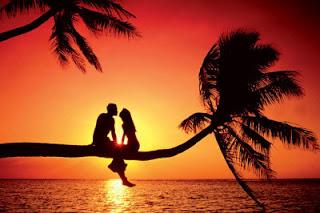 Cara Menjaga Cinta Pacaran Jarak Jauh Tetap Awet