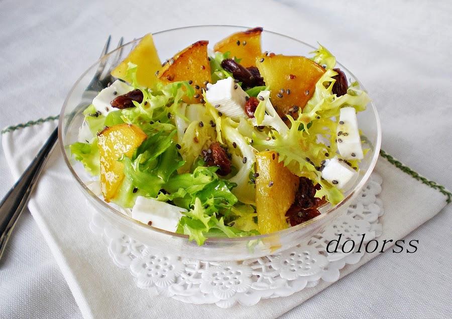 Una ensalada fuera de lo normal: de escarola, con manzana caramelizada y semillas de chia