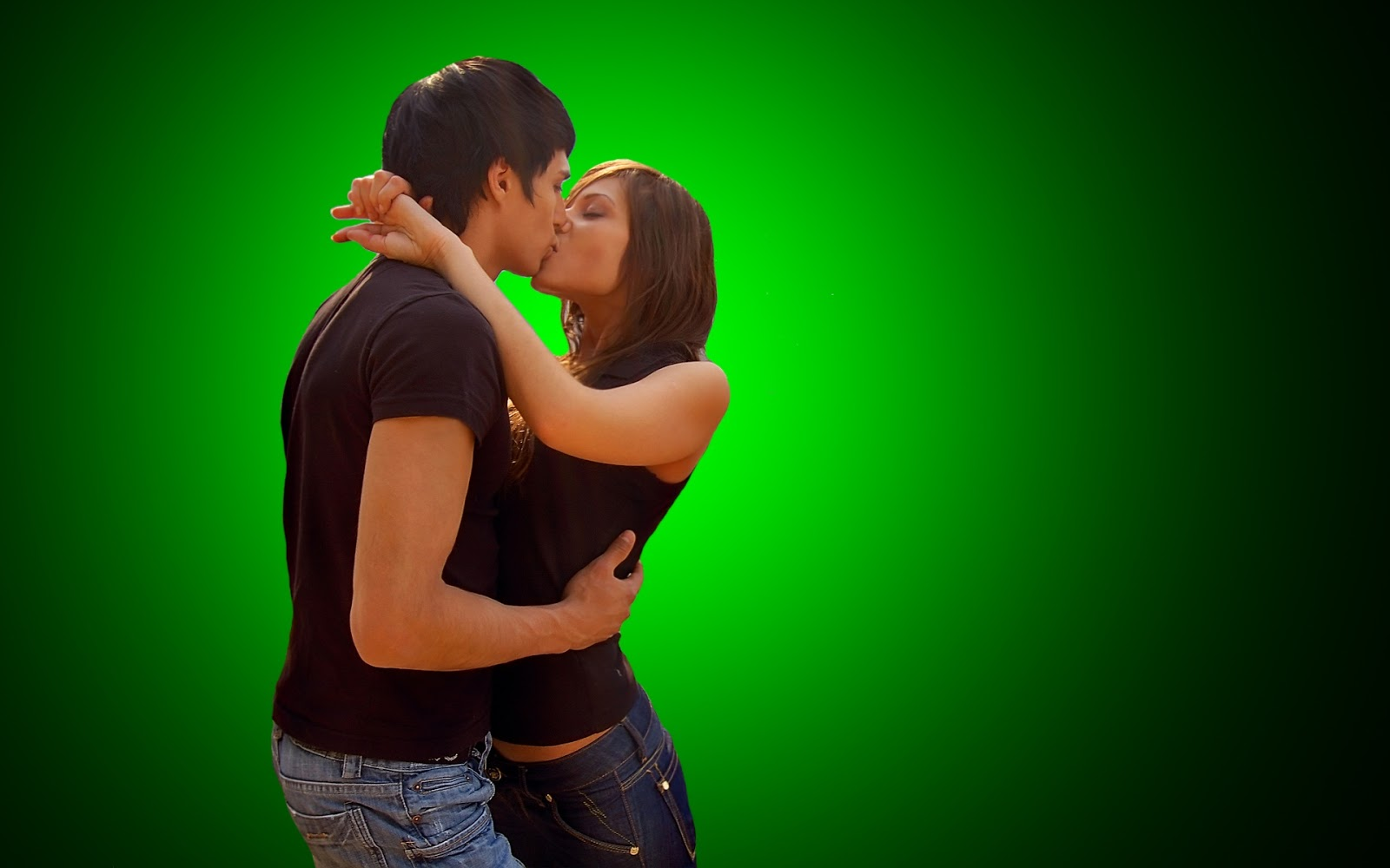 Romantic Couple Lip Kiss HD Images
