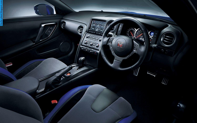 Nissan GT-R car 2013 dashboard - صور تابلوه سيارة نيسان جي تي ار 2013