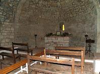 Interior de l'ermita de Sant Mateu