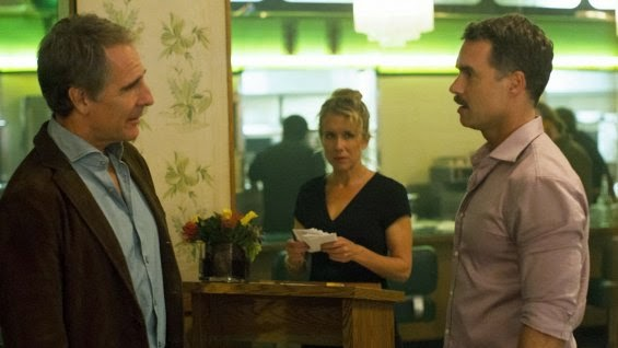 Lynn y Dom en la apertura del restaurante de este último
