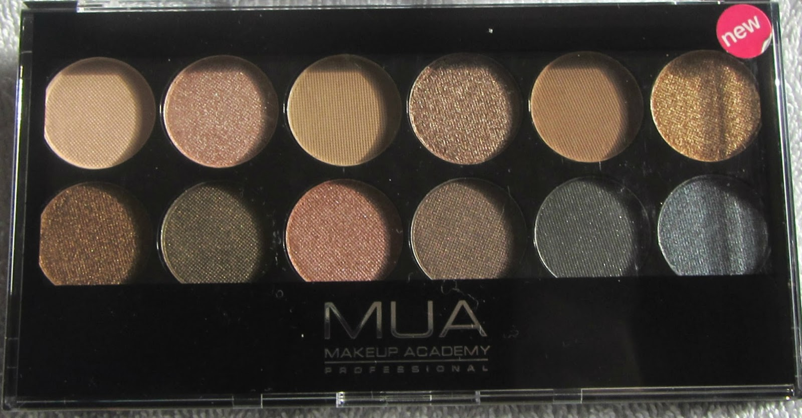 ninas bargain beauty mua undressed palette review