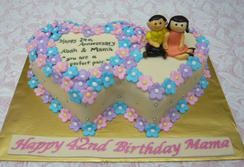 jenn cupcakes muffins double heart cake