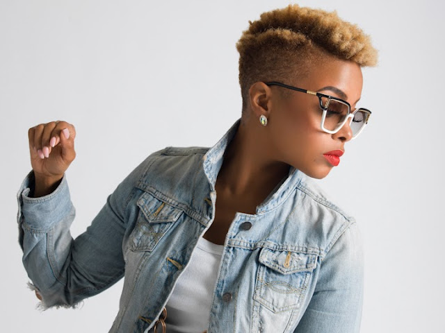femmes noires - cheveux courts