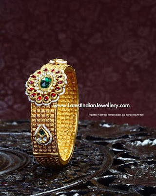 Classic Antique Gold Kada