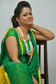 Shilpa chakravarthy sizzling photos-thumbnail-2