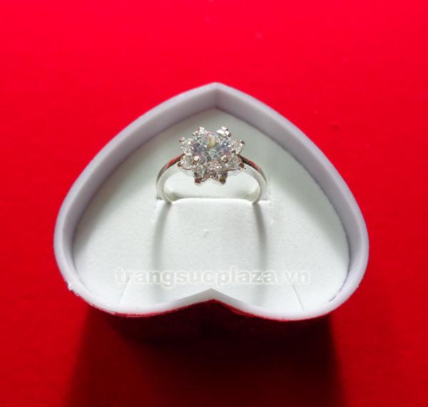 Nhẫn nữ bằng bạc NN107
