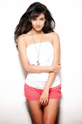 Sonal Chauhan Glam Photo shoot-thumbnail-1