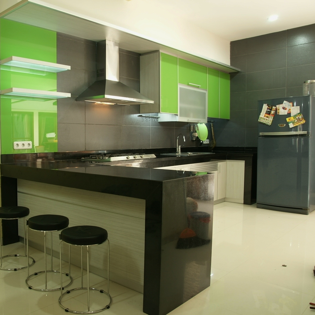 TWIN G Aluminium: Minimalist Kitchen Set With Tone