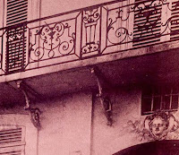 Consoles du balcon du 30 quai de Béthune à Paris, photo de Atget en 1908