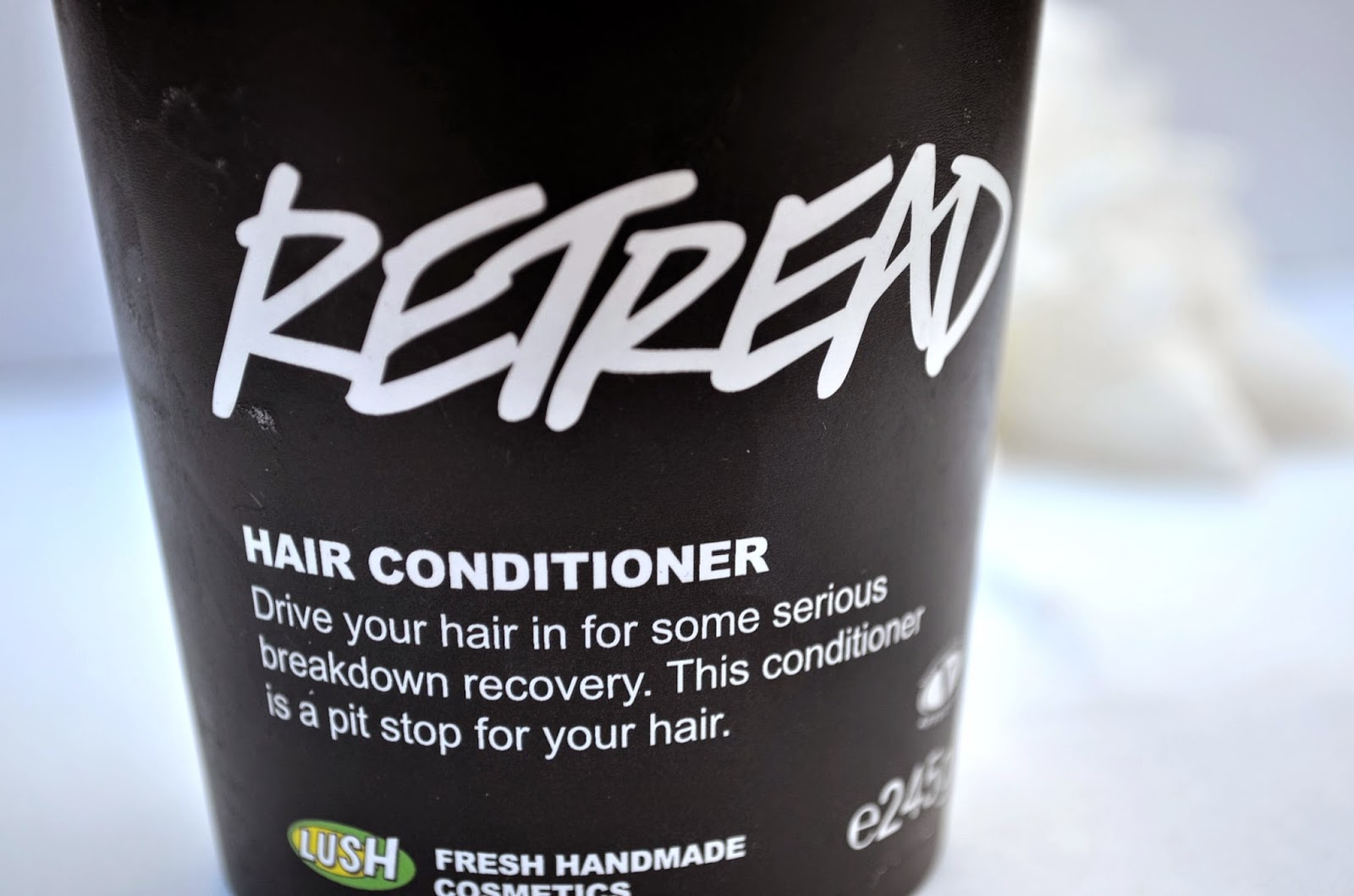Lush Retread Conditoning Treatment