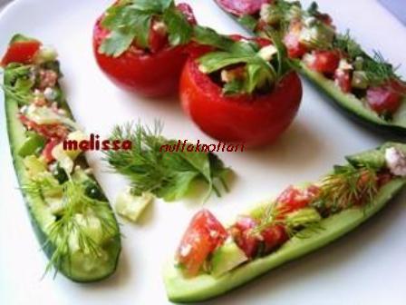 önce peynir dolgulu domates ve