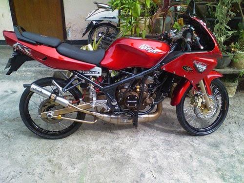 Modifikasi Kawasaki Ninja RR