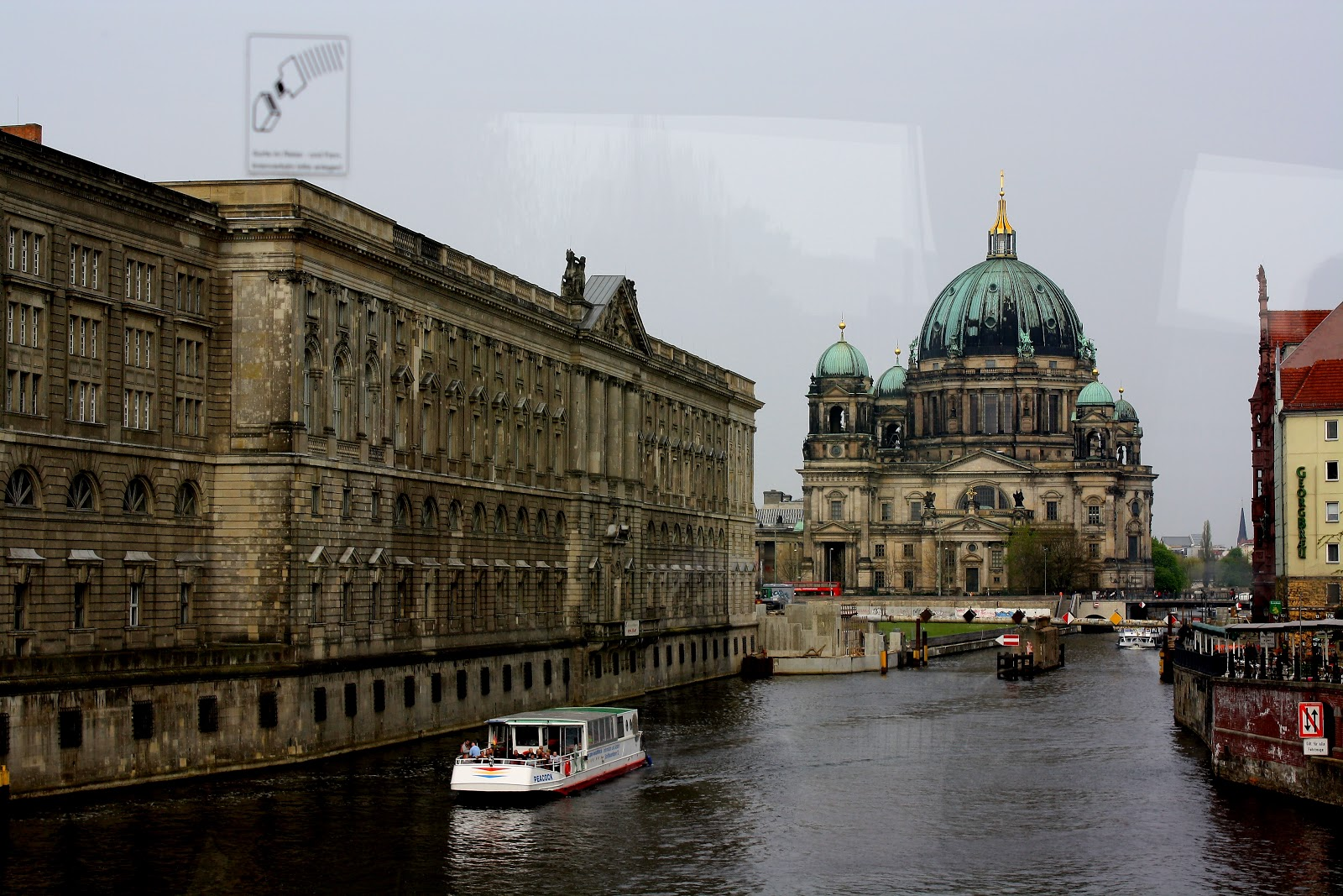 Ladee 39 s travels berlin architecture in 2011 for Architecture berlin