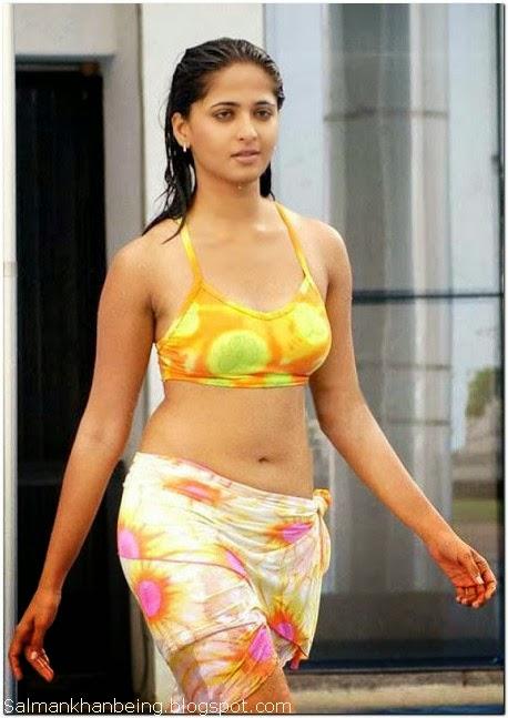Anushka shetty in bikini