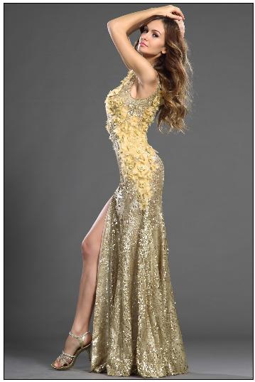 Платье в пол с кружевным воротником