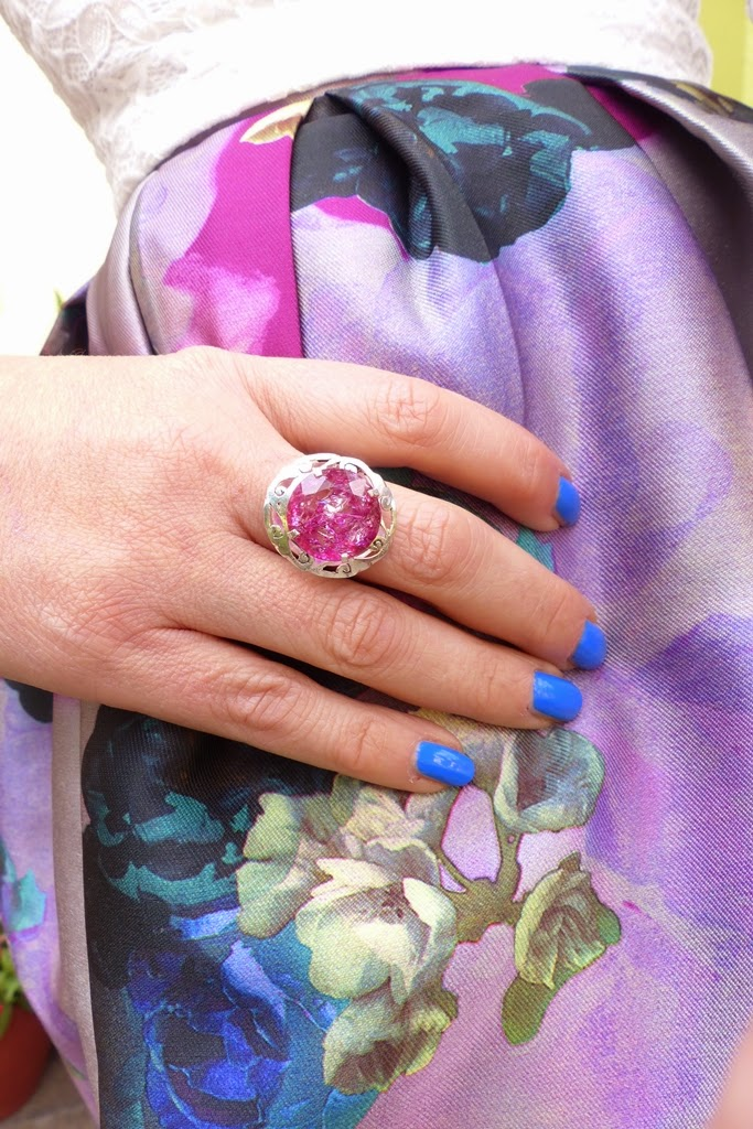Pink zircon ring