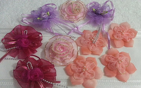 Flores para Apliques em faixas e tiaras a partir de R$ 0,90 unid.