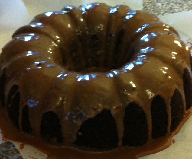 Erin 39 s kosher cooking adventures it 39 s that easy for Easy bundt cake recipes from scratch