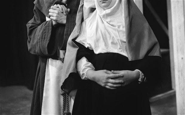 Rahib Wanita Tak Sedar Diri Hamil Hinggalah