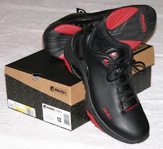 Czarne buty do biegania
