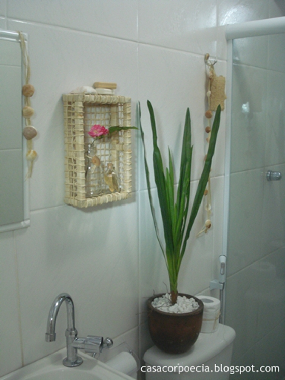 #474632 Coisas da Kátia Banheiro com decoração simples e barata. 560x747 px decoração de banheiros pequenos simples