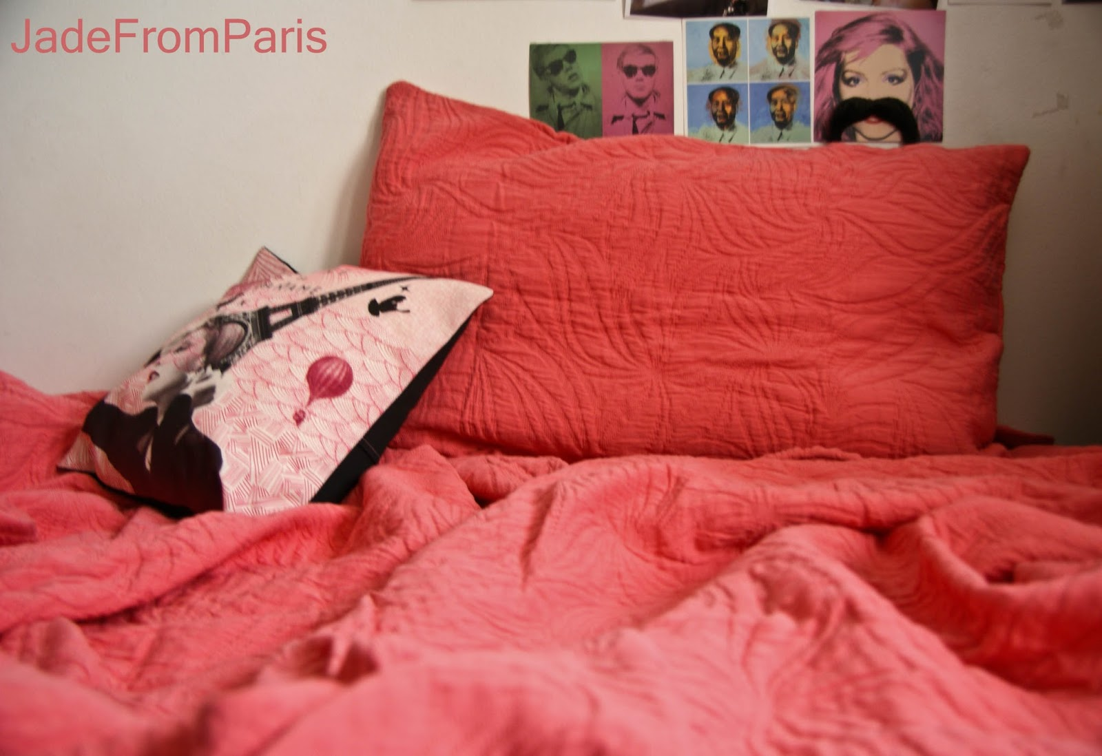 jade from paris la vie en rose avec nina ricci maison surprise inside. Black Bedroom Furniture Sets. Home Design Ideas