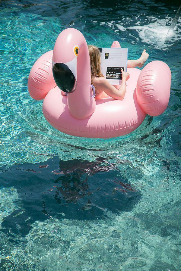 giant flamingo float