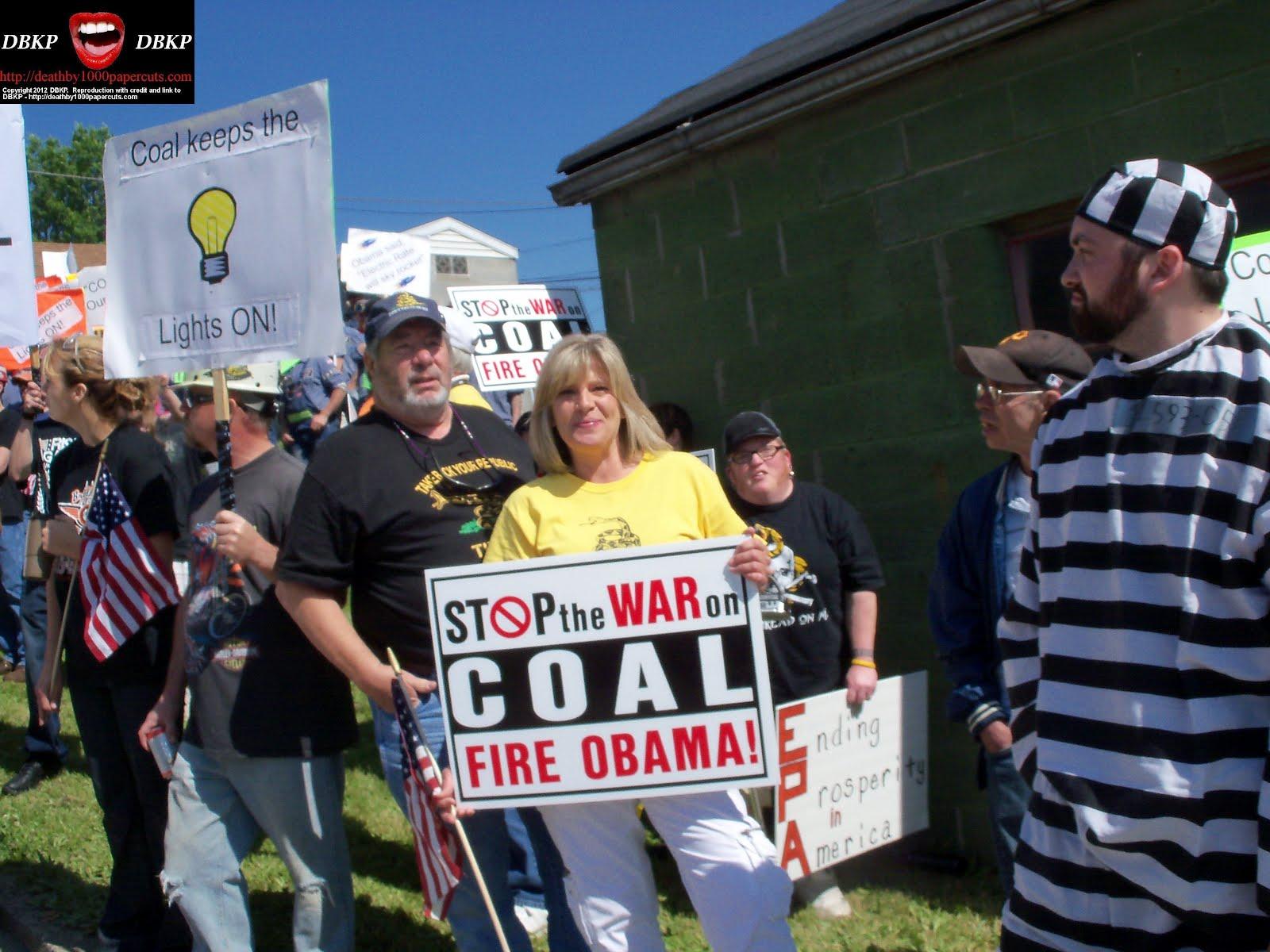 http://4.bp.blogspot.com/-hWtm9cgd26M/T7jWtGBpv3I/AAAAAAAAXqI/BxkFubWuBWw/s1600/Biden-MF-chanting-protestors-0517-2012.jpg