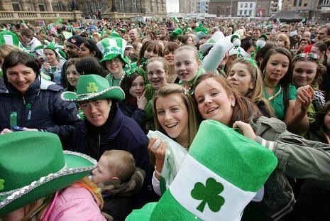 Frases De st-st patrick-saint patrick: To Enjoy This Famous Irish Tradition Spend The Day In The Company Of Your Loved Ones